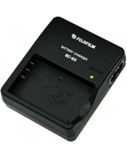 FUJIFILM BC-65 Battery Charger